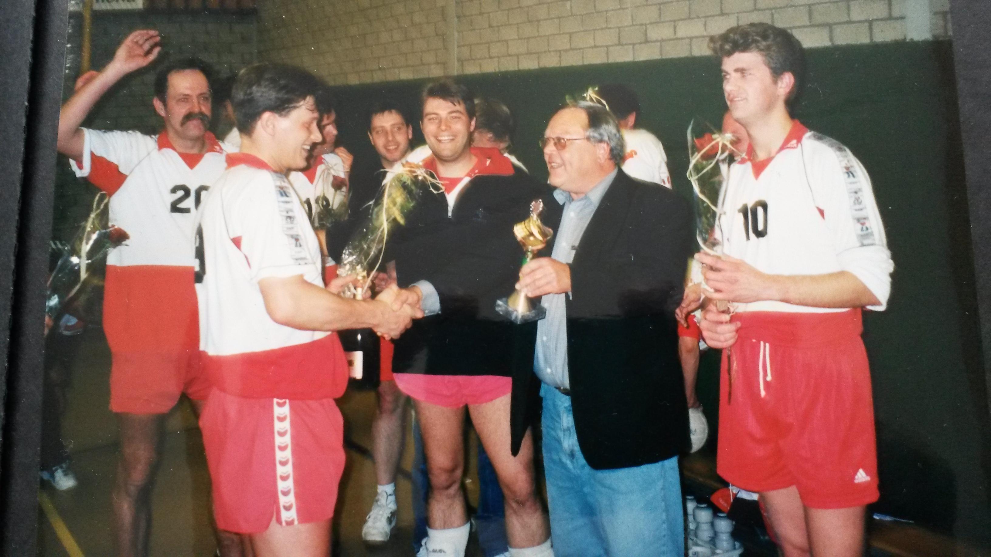 heren 2 kampioen 2001 1