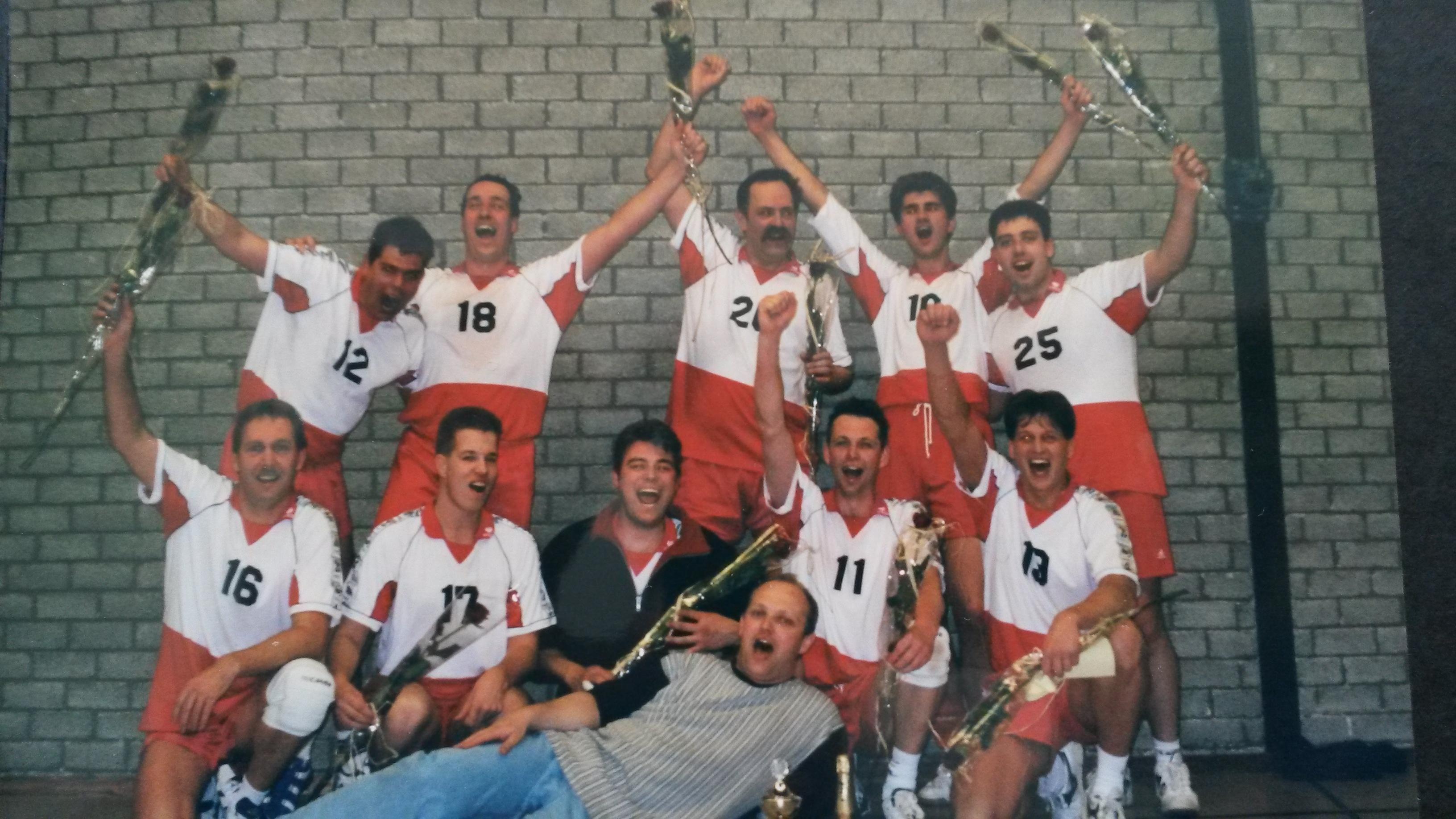 heren 2 kampioen 2001